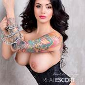 Maria Hot